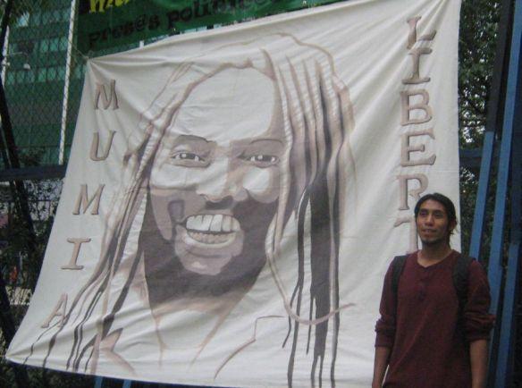 hermosa manta pintada por Aurelio para Mumia en su cumpleaños